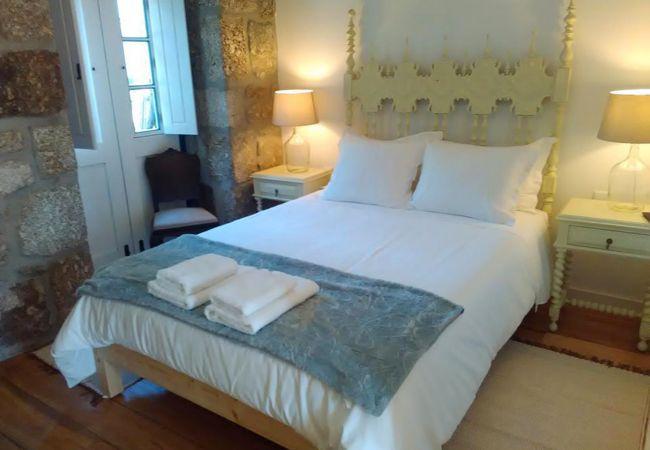 Rent by room in Arcos de Valdevez - Suite Quenn Anne- Eido do Carvalhoso