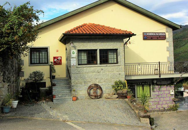 Rent by room in Gerês - Quarto Duplo - Quinta da Carvalha