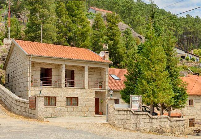 Rent by room in Gerês - Quarto - Casa Baranda